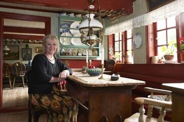 Beth Toldbold, Besitzerin des ältesten Gutshofs (Café und Museum) auf der Insel Drejo