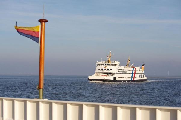 Faehre der Wyker Dampfschiffahrts-Reederei, Insel Amrum, Schleswig-Holstein, Winter 08/09