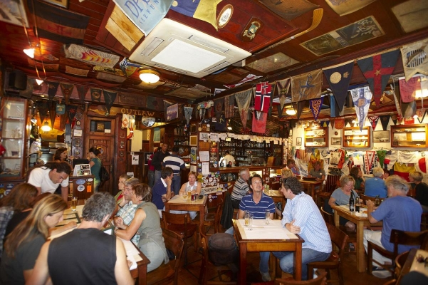 Segler-Kulttreff Cafe Sport, Horta, Insel Faial, Azoren, Portugal