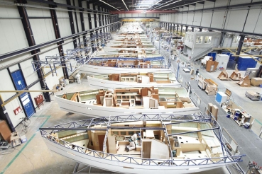 Bavaria Yachtbau GmbH, Sportboot-Werft, Giebelstadt, Bayern, Deutschland
