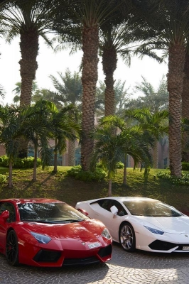 Lamborghini, Parkplatz Hotel Atlantis The Palm Dubai, Dubai, Vereinigte Arabische Emirate