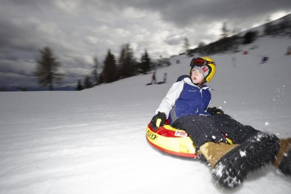 Tubing, Skizentrum Gerlitzen, Kaernten, Oesterreich