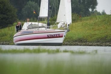 """Weltumseglerschiff \""""Kiwitt\"""", Kleve, Nebenarm Rhein"""