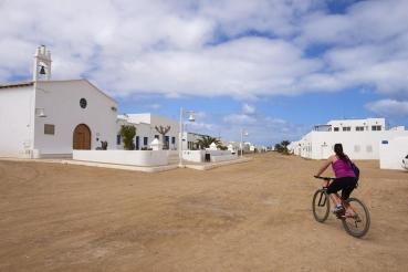 Ort Caleta del Sebo, Insel La Graciosa, Insel vor Lanzarote, kleinste bewohnte Insel der Kanarischen Inseln, Spanien