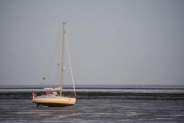 vor Yachthafen von Schiermonnikoog, Watt, Region Friesland