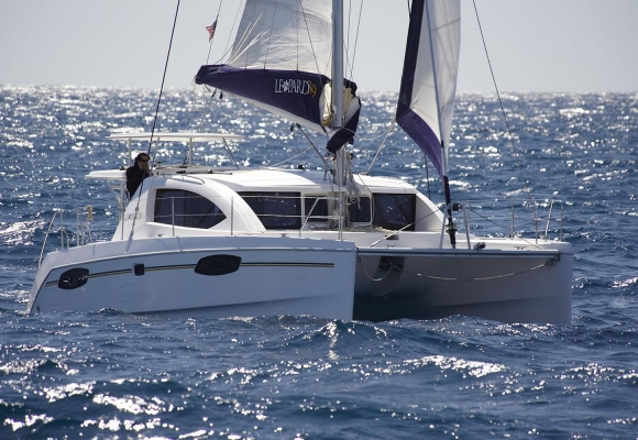 Catamaran Leopard 39PC, Boatyard: Robertson und Caine, Nizza/France
