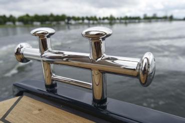 Motoryacht, Typ Linssen Classic Sturdy, Maasbracht, Holland