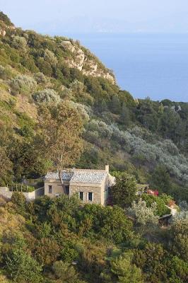 Haus bei Chora (Stadt) Alonnisos, Insel Alonissos, noerdliche Sporaden, Griechenland