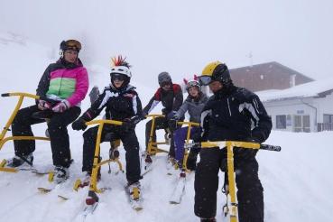 Snowbike, Snowbikegruppe, Familie, Snowbike lernen, bei Gerolsstein, Zillertal Arena, Zillertal, Tirol, Oesterreich